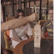 Ξύλινο παιχνίδι πύργου ισορροπίας με τσοπστικς